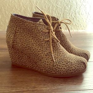 Toms Cheetah Print Wedge Shoes